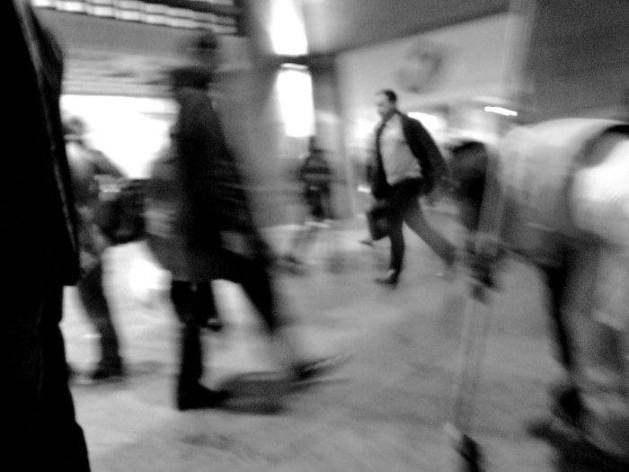 antwerp-black-white-photograph-of-people-walking